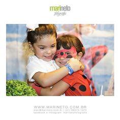 É um amor inexplicável entre essas primas! Que a relação se fortaleça a cada dia! Lindezas! #marinetofotografia #fotografiadefamília #festainfantilbh #fotografiadecrianca #fotografia #photography #childrenphoto #aniversario #ladybug