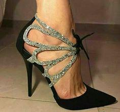 Fashion in shoe