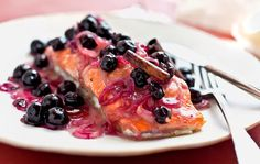 NYT Cooking: Here, I paired fillets with a seasonal treat: fresh local blueberries.<br/><br/>The berries would have been cloying with the fish by themselves, so I simmered… Blueberry Sauce, Blueberry Recipes, Fish Recipes, Seafood Recipes, Cooking Recipes, Salmon Foil Packets, Honey Salmon, Cooking Salmon, Cooking Fish