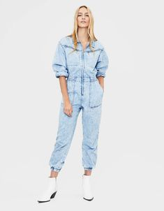 Bershka Denim Jumpsuit Boilersuit Bleached Jeans Blue Vintage Retro UK M 12 Condition is New with tags. Denim Jumpsuit, Jumpsuit Dress, Playsuit, Dungarees, Denim Trends, Curvy Women Fashion, Denim Outfit, Jumpsuits For Women, Denim Overalls