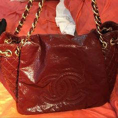 Chanel burgundy handbag Chanel burgundy handbag CHANEL Bags