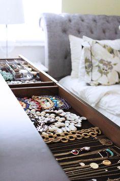 Organized Jewelry Drawers