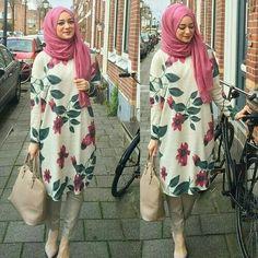 really like this hijab outfit Hijab Fashion 2016, Abaya Fashion, Modest Fashion, Girl Fashion, Fashion Outfits, Emo Fashion, Fashion Muslimah, Muslim Girls, Muslim Women