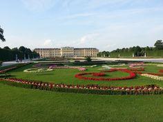 A viagem vai ser corrida? Então não deixe de conhecer, neste post, os dez pontos turisticos imperdíveis de Viena!