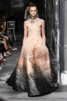 Christian Dior Couture   Haute Couture - Autumn 2019