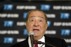 "VIDEO: Bob Arum on Pacquiao looking ""lousy"" and Mikey Garcia-Terrence Crawford"