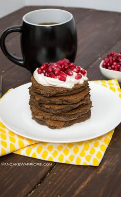 These low carb pumpkin chocolate pancakes are full of protein, fiber, vitamins and minerals but taste like they are just full of chocolate goodness. Gluten free, grain free, with a paleo and whole30 option. #ad #samsclubmag @samsclub | www.pancakewarriors.com