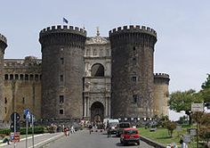 El castillo Maschio Angioino. Napoles