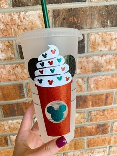 Hand wash only Personalized Starbucks Cup, Custom Starbucks Cup, Personalized Cups, Starbucks Venti, Disney Starbucks, Starbucks Christmas, Disney Cups, Disney Diy, Starbucks Cup Design