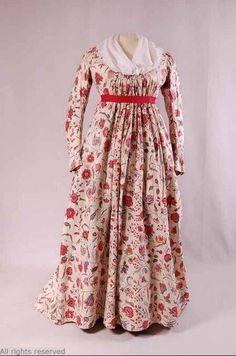 Starting the day w/ cotton chintz dress,1790-1800 (fabric 1760-70); white linen bodice lining