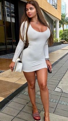 Sexy Outfits, Dope Swag Outfits, Leggings Mode, Leggings Fashion, Tight Dresses, Sexy Dresses, Classy Women, Sexy Women, Women With Beautiful Legs