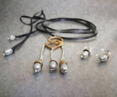 #anaydblu Colectia #The_Queen's_Dream la magazinul #muzeulcotroceni #CentenarCreativ #contemporayjewelry