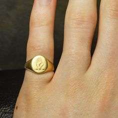 1950s Gold Signet Ring (6)
