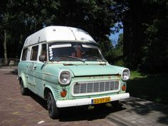 @MS. Old Ford Transit. NL.