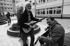 Gitarowy rekord Guinessa Gitarowy Guinessa record  #wroclovers #wroclove #igersworld #igerseurope #igerspoland #igerspolska #instagram #igers #instagramers #instashot #photooftheday #wroclaw #wrocław #photo #guitar #guitarguinessrecord #fotografia #fotografiaczarnobiala #blackandwhite #blackandwhitephoto #street #streetphotography #gitata #fotografiauliczna #ulica #bw #b&w