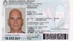 El kelper que quiso el DNI argentino porque dice que en las Malvinas violaron sus derechos humanos. Le concedieron el documento nacional este año. Pero tiene una compleja historia que contar. LEER MAS