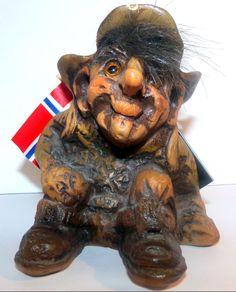 Vintage Fosse-Troll Norway Hand Carved #157 Hobo Troll N-3770 Krager