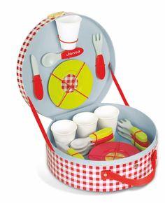 Picnic Hamper 21 Piece Set #janod #juratoys #kiddymoo #pretendplay #woodentoys #picnic #toyshop #giftidea #imaginaryplay