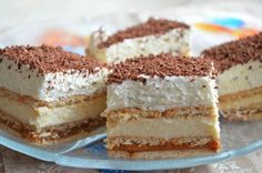 Businesswoman in the kitchen: 3 Bit cake without baking Russian Dishes, Russian Recipes, Unique Recipes, Sweet Recipes, Baking Recipes, Cake Recipes, English Food, Winter Food, Candy