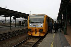 Motorový vlak/diesel train Regionova, řada/series 814  stanice/station: Frýdek-Místek