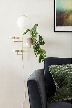se ellos-home vagglampa-astoria Living Room Modern, Living Room Decor, Globes, Interior Design Living Room, Decoration, Design Trends, Sweet Home, Wall Lights, Indoor