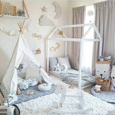 Sharing information and ideas for floor bed ideas for toddlers! There's so much floor bed information out there-here's an easy overview to help you make the best decision for your kids! Baby Bedroom, Baby Boy Rooms, Nursery Room, Girls Bedroom, Nursery Ideas, Kids Rooms, Bedroom Ideas, Bed Ideas, Decor Ideas
