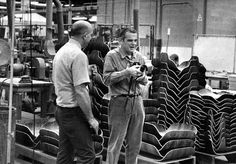 Charles Eames on the factory floor at Herman Miller, overseeing the production of Eames lounge chairs, and more. Part of the Eames Office commitment to quality, from design to delivery to the customer. Charles & Ray Eames, Ray Charles, Wallpaper Magazine, Mid Century Modern Design, Modern Graphic Design, Museum Of Modern Art, Chair And Ottoman, Herman Miller, Designer Wallpaper