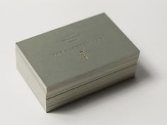 In one of our last business cards design inspiration post for the year, we wanted to bring you the best business cards of 2013. Hopefully this post will serve you well should you need some card design inspiration for the coming year – we have a lot of different business card designs, all featuring