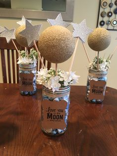 How to Make Baby Shower Decorations on a Budget - DIY Backdrops Baby Shower Decorations Neutral, Boy Baby Shower Themes, Star Baby Showers, Baby Shower Fun, Baby Shower Gender Reveal, Baby Shower Centerpieces, Baby Boy Shower, Star Centerpieces, Space Baby Shower
