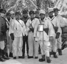 Finnish officers near the Kollaa River, Finland, 1939-1940