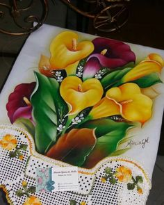 Tole Painting, Fabric Painting, Watercolor Paintings, Colorful Pictures, Art Pictures, Mexican Paintings, Hand Embroidery Flowers, Beautiful Rangoli Designs, Mural Art