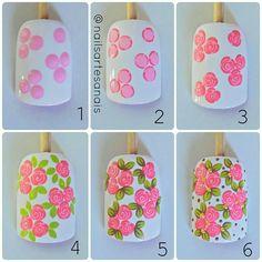Image may contain: 1 person Rose Nail Art, Floral Nail Art, Rose Nails, Flower Nails, Nail Art Diy, Diy Nails, Flower Nail Designs, Gel Designs, Nail Art Designs
