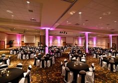 An exquisite wedding reception or a get-down-to-business meeting. The Quality Inn/Sandhills Convention Center in North Platte can handle it all.