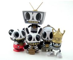 love these toys inpired by day of the dead!
