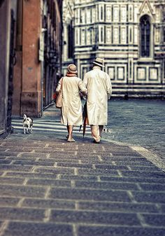 <3 Florence, I love watching couples just being in love
