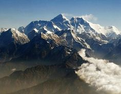 Everest will soon be measured to see if it is growing or shrinking