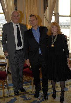 8cdf069990c043 2010 - Honoring Bettina Graziani - with Hubert de Givenchy et Jean-Charles  de Castelbajac