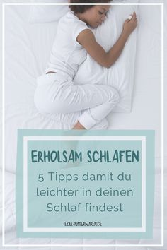 Du liegst im Bett und findest einfach nicht in einen erholsamen Schlaf? Schlafprobleme sind nicht nur lästig, sondern können auf Dauer eine echte Gefahr für unsere Gesundheit werden. So hat zu wenig Schlaf nicht nur Auswirkungen auf unsere Konzentrationsfähigkeit, sondern schwächt auf lange Sicht auch das Immunsystem. Häufige Infektionen und Erkältungen sind die Folge. Höchste Zeit also deine Schlafqualität zu verbessern! Hier findest du unsere 5 Tipps für besseren Schlaf. #edel-naturwaren.de Yoga Pilates, Sport Fitness, Letter Board, Lettering, Motivation, Sleep Deprivation, Sleep Problems, Pregnancy Health, Stay Motivated