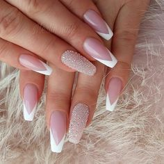 50 Pretty Nail Art Design Easy 2019 You Can Try As A Beginner - Nail Pretty Nail Design Easy 2019 - Fashion & Glamour Trends 2019 - Katty Glamour Pretty Nail Designs, Pretty Nail Art, Simple Nail Designs, Nail Art Designs, Nails Design, French Nail Designs, Nagellack Design, Classic Nails, Sparkle Nails