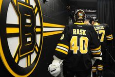 The Bruins and Canucks continue to talk trade as a former Bruins star blasts the team for giving up on him too soon. Description from hngn.com. I searched for this on bing.com/images