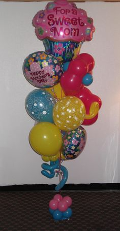Small Happy Mother's Day sweet mom balloon bouquet $80 created by balloonsandmoregifts.com