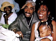 2pac daughter http://memoirsofanurbangentleman.com/could-this-unknown-women-actually-be-2pacs-daughter-or-urban-legend/