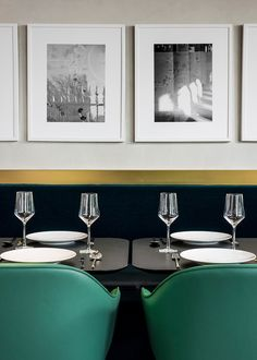 Le restaurant I Love Paris pour Le chef Guy Martin par India Mahdavi Plus Decoration Restaurant, Design Bar Restaurant, Deco Restaurant, Modern Restaurant, Luxury Restaurant, Restaurant Interiors, Bar Interior Design, Bar Design, Top Interior Designers