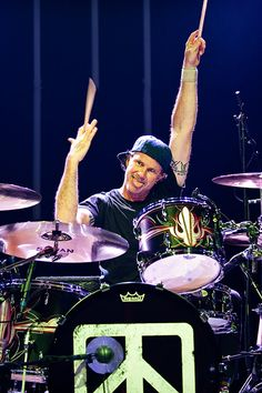 Chad Smith - Red Hot Chili Peppers, Jake Bugg, Chickenfoot, Chad Smith's Bombastic Meatbats, Glenn Hughes, HSAS, The Process