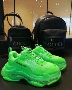 balenciaga shoe sneakers triple s clear sole neon green Neon Sneakers, Neon Shoes, Hype Shoes, Cute Sneakers, Sneakers Fashion, Fashion Shoes, Sneakers Balenciaga, New Balenciaga, Aesthetic Shoes