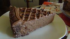 Torta de chocolate frugívora, de frutas e nozes apenas!