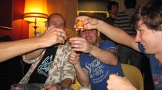 #FunAfternoonActivities learning #Spanish in #Spain - AIL #Madrid's Noche de Copas is a great way to unwind at the end of the week whilst making new friends. http://www.ailmadrid.com/spanish-courses/en/Combination-Courses/Fun-Afternoon-Activities/8