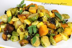 Roasted Butternuts 'n Brussels l Meal Planning Maven #brusselssproutrecipes #butternutsquash #bestvegetablerecipes Great veggie combo for veggie combos for tempting picky palettes