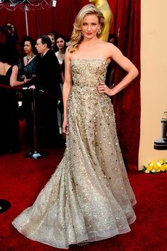 Cameron Diaz was the epitome of Hollywood glamour in a flowing Oscar de la Renta bejewelled gown (2011)