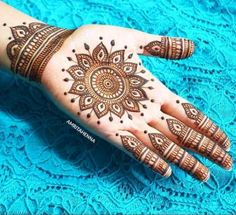 super hits new mehndi designs 2019 - mehendi designs for ladies - Henna Designs Hand Round Mehndi Design, Henna Flower Designs, Palm Mehndi Design, Modern Mehndi Designs, Mehndi Designs For Girls, Mehndi Design Photos, Mehndi Designs For Fingers, Dulhan Mehndi Designs, Latest Mehndi Designs